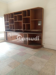 Lower Portion Available For Rent In Allama Iqbal Town