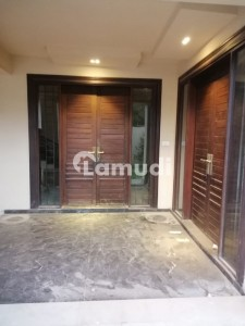 Outclass Bungalow For Rent