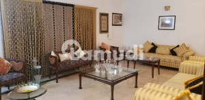 Rare Banglow For Sale 500 Yards Phase 7 Between Badar And Hillal