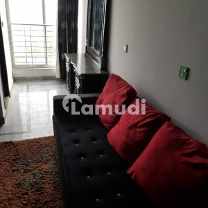 LIKE BRAND NEW AVAILABLE 1 BED FURNISHED FLAT HIGH IN LUXURY FLAT FOR RENT IN BAHRIA TOWN LAHORE SECTOR C
