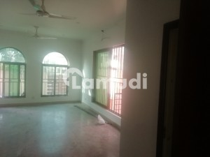 1 Kanal 5 Bed House Dd Tv Lounge 2 Kitchen For Rent
