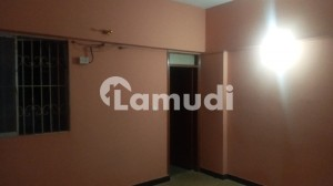 1100  Square Feet Flat In Gulshan-E-Iqbal Town Best Option