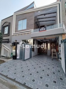 5 Marla State Of The Art House For Sale Behind Masjid