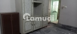 Family Room With Bathroom & Kitchen Is Available For In Rent For Short Family