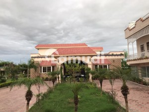 Chak Shahzad 14 Kanal Luxury Farm House With 10 Kanal Extra Land Is Available Sale