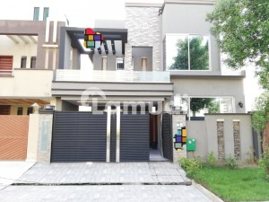 6 Marla Brand New House For Sale In Block Bb Sector D Bahria Town Lahore