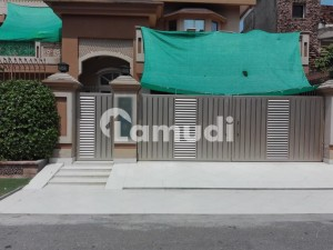 1 Kanal House available for sale in Wapda Town, Lahore