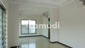 G-13 House Sized 7 Marla For Rent