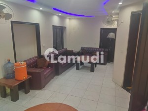 Centrally Located Upper Portion Available In Model Town For Rent
