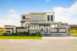 Solid Construction Modern Design 1 Kanal Brand New Bungalow For Sale