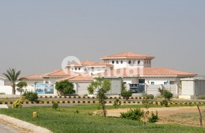 2500 Yards Oasis Farmhouse Available For Sale In Dha City Karachi