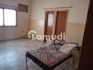 140  Square Feet Upper Portion In Stunning North Karachi Is Available For Rent