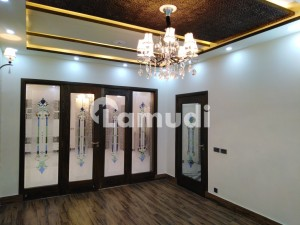 11 Marla House For Sale In Beautiful Gulberg