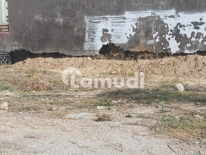 Next to Corner 200 Sq yards Beautiful Plot available in G-15 Islamabad.