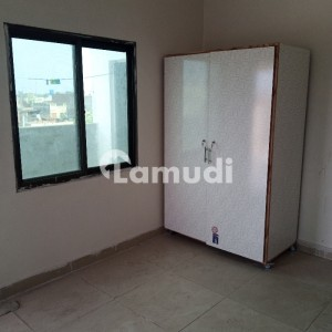 650  Square Feet Upper Portion Situated In Gulberg For Rent