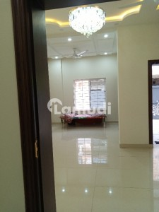 25*50 Brand New Upper Portion For Rent Ideal Location Near To Markaz