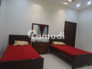 10 Marla House Ideally Situated In Wapda City