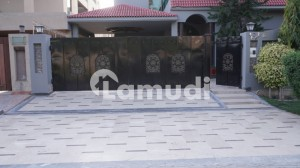 1-Kanal Slightly Used Well Maintained Double Unit Bungalow For Sale at DHA Phase 4