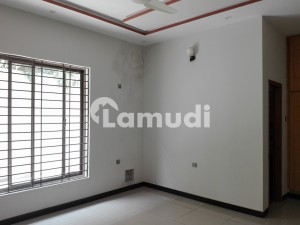 1575  Square Feet Upper Portion In Stunning Bahria Town Rawalpindi Is Available For Rent