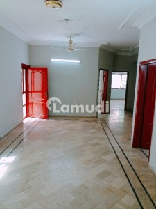 Small Complex Flat For Rent In Clifton Block 5 With Line Water And Car Parking
