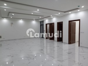 7-Marla Brand New Commercial 1st Floor 1575SQ Ft For Rent in DHA Phase1