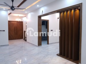 20 Marla House In Central Khayaban Gardens For Sale