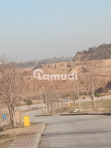 Plot For Sale 5 Marla Corner Best Time To Investment In Dha Valley