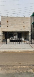 1 Kanal 4 Storey Furnished New Building Opposite Emporium Mall