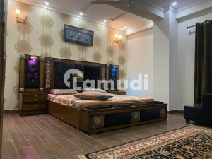 1 Bedroom Luxury Apartment Available For Investor