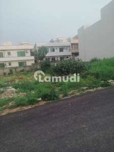 F11/2 400 Sq Yd Level Plot For Sale