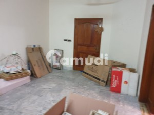 Town House Near Islamic Chamber Best Option For Any Business For Rent