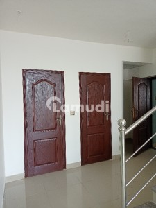 Duplex Flat Available For Rent