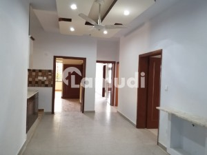 Luxury 3 Bedrooms Upper Portion Available For Rent F_8