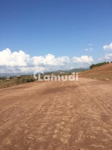 5 marla plot for sale in islamabad model town