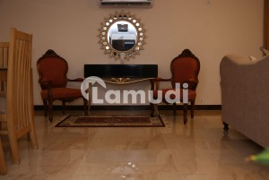 1600  Square Feet Flat Ideally Situated In Rehman Gardens