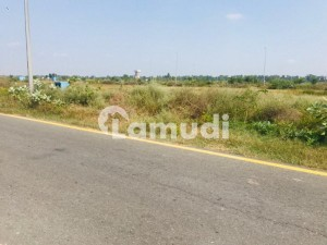 1 Kanal Plot For Sale In Cdechs