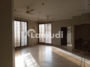 500 Square Yards Ground Floor Portion Block 3a Jauhar
