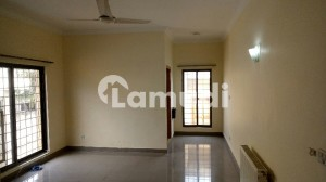 A Graceful 500 Square Yards House Is Available For Rent In F-7