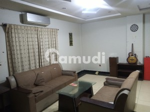 2 Bed Flat Fully Furnished Available For Rent
