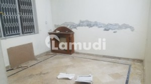 F 11/3  500 Sq Yd Part Of Duplex House For Sale