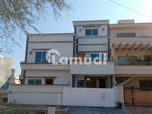 Luxury 35 X 70 House For Sale In G13
