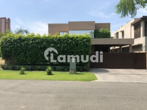 Modern Designer Outclass 1 Kanal Fully Furnished Bungalow For Sale