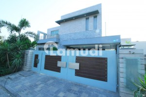 Top Location 1 Kanal Furnished Bungalow For Sale In Dha Phase 6 Lahore