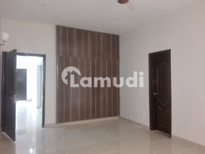 Investors Should Rent This Upper Portion Located Ideally In