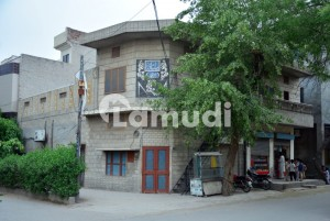 House Of 1688  Square Feet In Ghulam Mohammad Abad For Sale