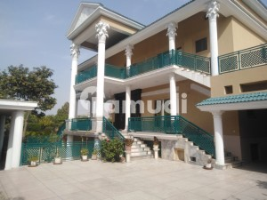 4 Kanal House Is Available For Sale In Hayatabad