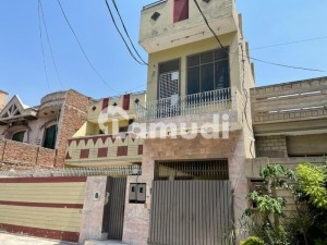 House For Sale In Liaquat Town Faisalabad