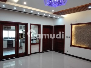 Spacious House Is Available In Wapda Town For Rent