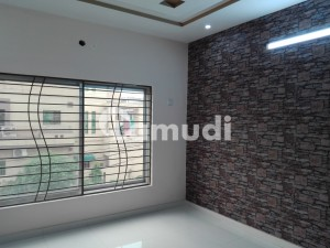 House Of 10 Marla For Rent In Wapda Town
