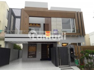 10 MARLA BRAND NEW HOUSE FOR SALE